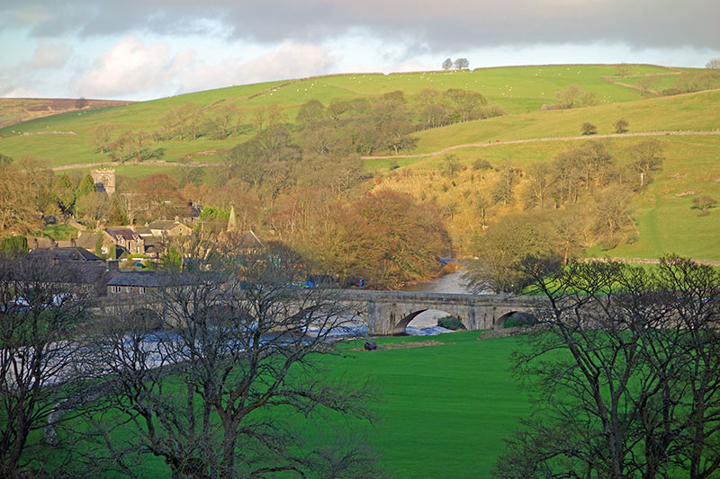 burnsall-3-bridge-800