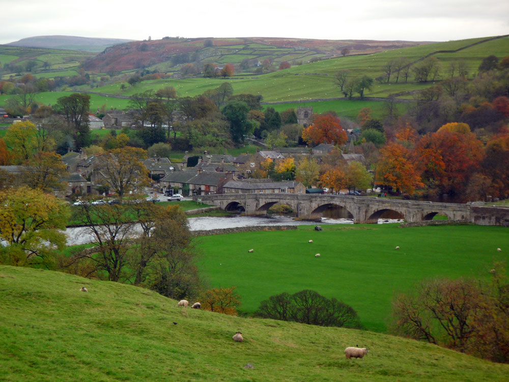 burnsall-autumn-1000