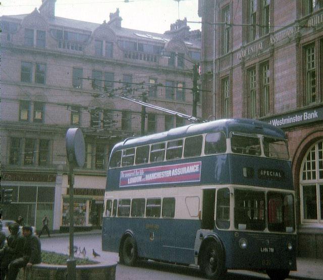 Trolleybus_in_Bradford_City