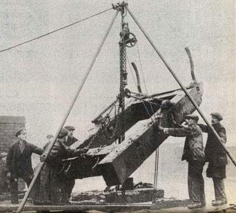 wigan_pier_dismantling_1929